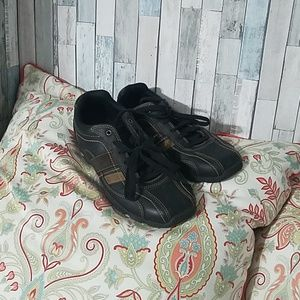 America Eagle mens low ankle shoe 8.5